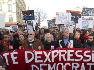 Ο Κουρουμπλής στην Πορεία Ενότητας για την Ελευθερία και τη Δημοκρατία στο Παρίσι
